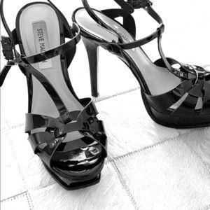 Black heels shoes